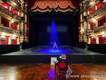"""The face of Naples, i """"racconti pandemici"""" di Roxy in the box per il Teatro Bellini di Napoli - Vesuvio Live"""