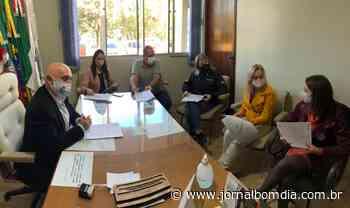 Jacutinga: contratos assinados com juros subsidiados - Jornal Bom Dia