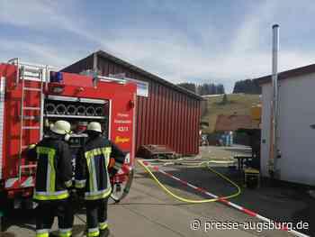 Explosionen setzen Industriehalle in Weitnau in Brand - Presse Augsburg