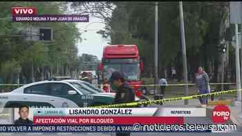 Manifestantes bloquean Eduardo Molina y San Juan de Aragón - Noticieros Televisa