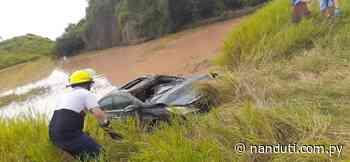 Boquerón: Tres personas fallecieron tras caer a un tajamar en un automóvil - Radio Ñanduti