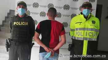 Ciudadanía ayudó en la captura de un hombre en Villamaría - BC Noticias