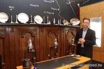 Passie voor Loons zilver: Peltenaar Maarten Michiels opent pop-up winkel in hartje Maaseik