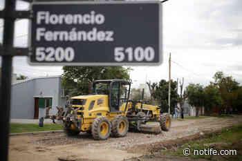 Comenzaron las tareas de mejorado en calles de barrio Santa Rita - Noti Fe