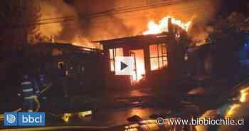 Incendio destruye cuatro viviendas y una bodega en la comuna de Villarrica - BioBioChile