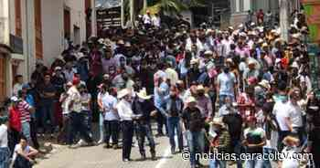 Solo tres policías tuvieron que controlar aglomeración por carrera de caballos en Caramanta - Noticias Caracol