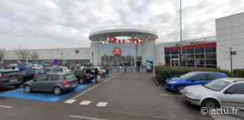 Strasbourg : voici pourquoi les salariés d'Auchan Illkirch sont appelés à cesser le travail - actu.fr