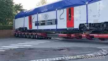 Neuville-en-Ferrain: un wagon en convoi exceptionnel coincé pendant cinq heures dans un carrefour - La Voix du Nord