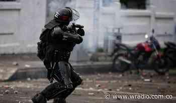 Investigarán a uniformados que agredieron a periodistas en Sibaté - W Radio