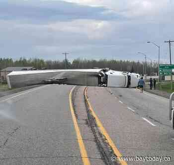 Highway 11 closed in both directions north of New Liskeard - BayToday.ca