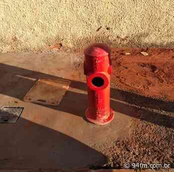 Vândalos inutilizam hidrante na Vila Independência e bebedouro no Vitória Régia - 94fm.com.br