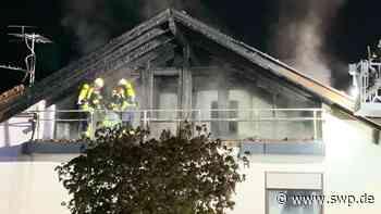 Feuer in Burladingen: Dachstuhlbrand richtet hohen Schaden an - SWP