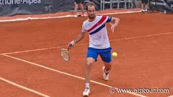 Richard Gasquet Battles Past Diego Schwartzman In Lyon - ATP Tour