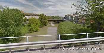 Cade nel Chiavenna mentre sta pescando, soccorso e salvato dai passanti - Piacenza24