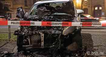 Brandstiftung? Auto brennt in Dettenheim aus - BNN - Badische Neueste Nachrichten