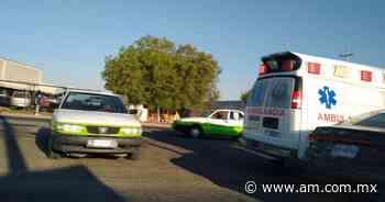 Taxi pierde control y sale de carretera, en la Pachuca-Ciudad Sahagún - Periódico AM