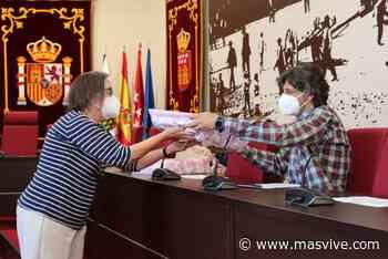 La biblioteca Ricardo León de Galapagar regala lotes de libros a los colegios de Primaria del municipio - MasVive - Noticias Las Rozas, Torrelodones y Sierra Noroeste Madrid