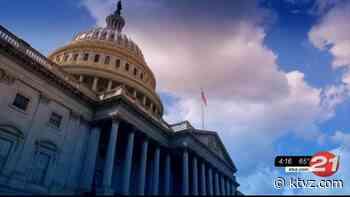 Wyden, Murray introduce bill to modernize aging state tech systems - KTVZ