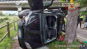 Incidente a Portogruaro: auto finisce rovesciata contro un albero - Nordest24.it