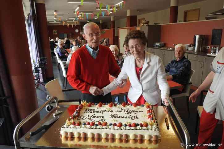 Eindelijk weer feest: Roger en Monique vieren briljant met taart