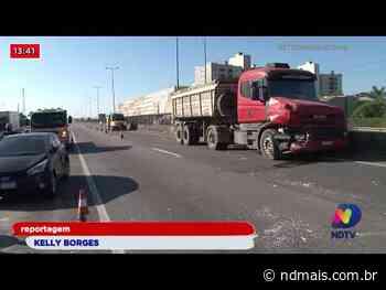 Acidente na BR-101 Barra Velha: Batida envolveu três caminhões e um carro - ND Mais