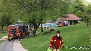 Feuerwehr Bad Urach: Chlorgasalarm am Höhenfreibad - SWP