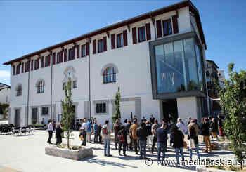 Hendaye inaugure les Halles de Gaztelu | Kultura | MEDIABASK - mediabask.eus