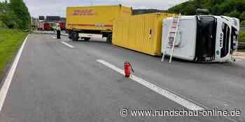 Unfall auf der A3 bei Lohmar: Lkw stürzt um – Vollsperrung in Richtung Köln - Kölnische Rundschau