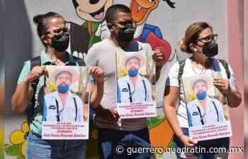 Madres y padres de los 43 continúan búsqueda, ahora en Huitzuco - Quadratín Michoacán