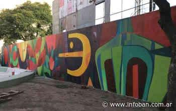 Nuevo mural en la plaza de la Memoria de Munro - InfoBan