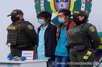 Presuntos ladrones de medidores de agua fueron capturados en Zipaquirá, Cundinamarca - Noticias Día a Día