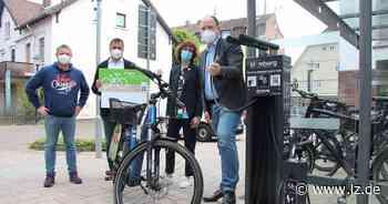 Erste Hilfe für die Reifenpanne gibt's in Blomberg hinter dem Rathaus   Lokale Nachrichten aus Blomberg - Lippische Landes-Zeitung