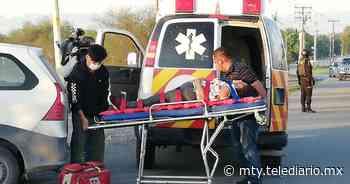 Ciénega de Flores. Choque entre camioneta y camión deja 3 lesionadas - Telediario Monterrey