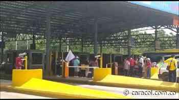 Peaje de Turbaco suspendió cobros debido a manifestaciones - Caracol Radio