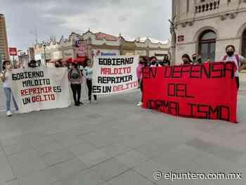 Apoyan normalistas rurales de Saucillo a compañeros de la Mactumactzá de Chiapas en su exigencia de examen presencial y condenan la represión del gobierno - El puntero