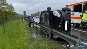 Fahrbahn halbseitig gesperrt: Unfall auf der A30 bei Salzbergen: Zwei Autos stoßen zusammen - NOZ