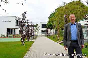BZ-Ortsrundgang mit Thomas Breig, der Bürgermeister von Ehrenkirchen bleiben möchte - Ehrenkirchen - Badische Zeitung