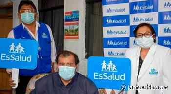 Huaraz: trabajador de EsSalud vence a la COVID-19 tras 30 días en UCI - LaRepública.pe