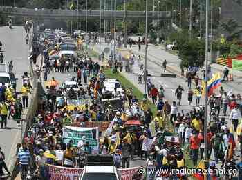 Santander: manifestantes bloquearon vías en Piedecuesta y Floridablanca - http://www.radionacional.co/