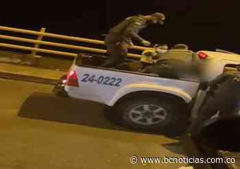 Policía evitó que un joven se lanzara desde un puente en Aranzazu - BC Noticias