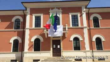 Il Comune di Carsoli espone un lenzuolo bianco per celebrare la Giornata della Legalità - Terre Marsicane