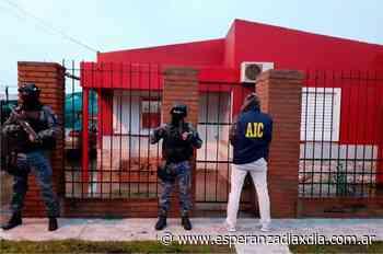 Con allanamientos en Galvez y Esperanza detuvieron a una banda de asaltantes - Esperanza DíaXDía