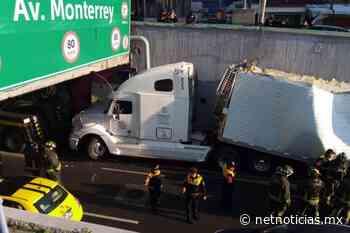 Video: Tráiler se atora en puente de Viaducto en CDMX - Netnoticias