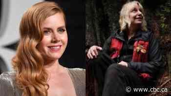 Amy Adams to portray UBC forest researcher in movie based on memoir - CBC.ca