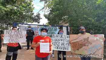 Plantón en Villa del Rosario por inconformidades con el servicio de agua - La Opinión Cúcuta