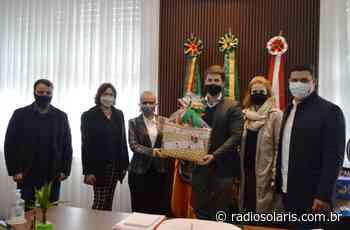 Secretária de Estado da Cultura visita Flores da Cunha | Grupo Solaris - radiosolaris.com.br