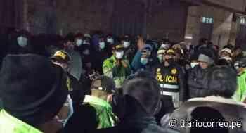 Confirman muerte de uno de los asaltantes tras linchamiento en Desaguadero - Diario Correo
