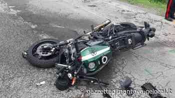 Suzzara, carambola tra una moto e due auto: un ferito lieve - La Gazzetta di Mantova