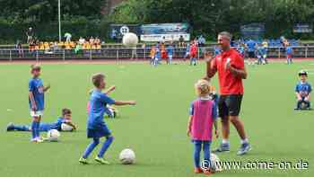 Fußballschule des VfL Bochum zum siebten Mal beim TuS Plettenberg - come-on.de