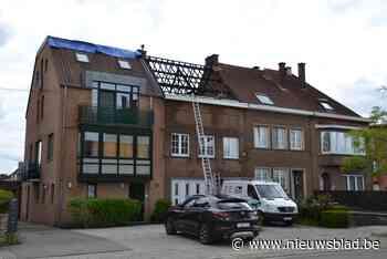 Verschillende gezinnen getroffen door zware dakbrand (Drogenbos) - Het Nieuwsblad